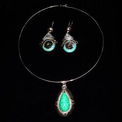 Médaillon turquoise, Aman